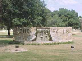 The Falls Golf Resort